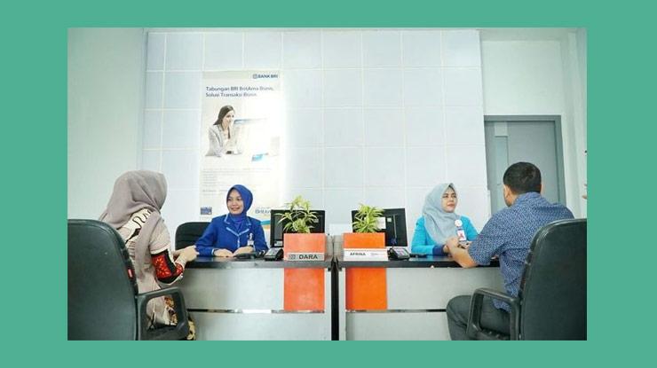 2 Temui Customer Service Cs