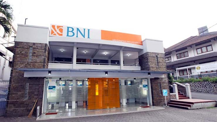 1 Kunjungi Kantor Bank Bni
